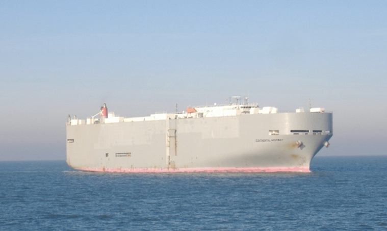 car-carrier-continental-highway-currently-off-candlestick-point